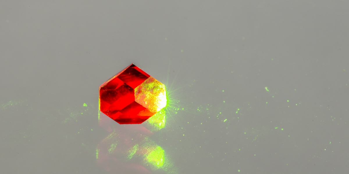 Defects in diamond can be used as qubits | Credit: Jon Newland